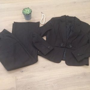 """The Limited • """"The Drew"""" Pant Suit"""